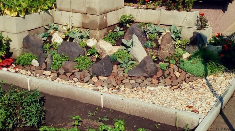 Chcete v záhrade skalku? 10 prekrásnych nápadov, ktoré určite oceníte!